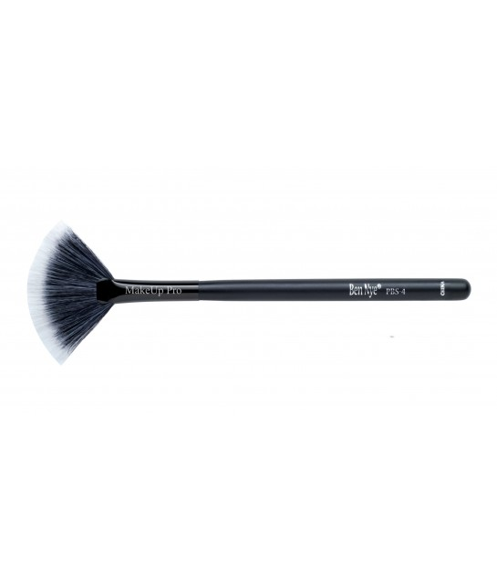 Ben Nye Medium Fun Brush